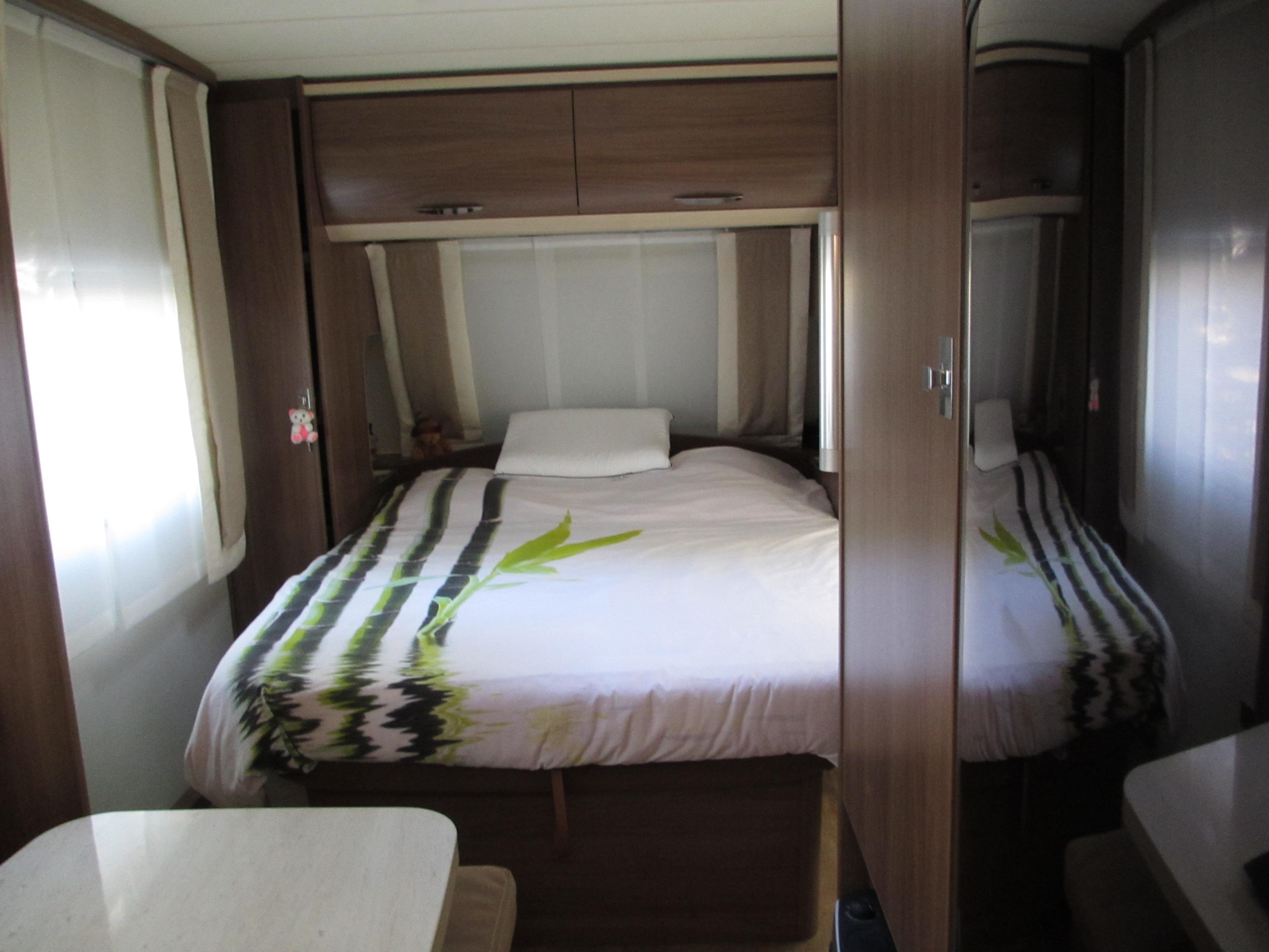 caravane occasion ile de france annonces de caravane occasion. Black Bedroom Furniture Sets. Home Design Ideas