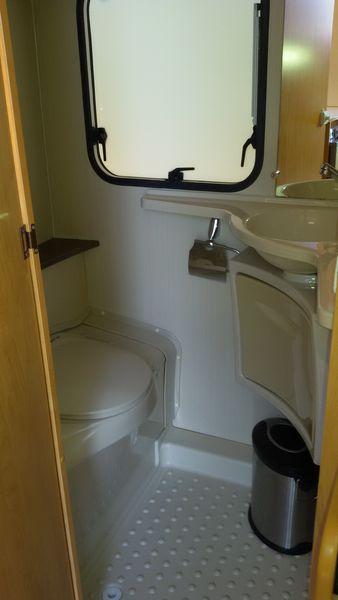 caravane sterckeman 420 cp evolution occasion caravane occasion. Black Bedroom Furniture Sets. Home Design Ideas