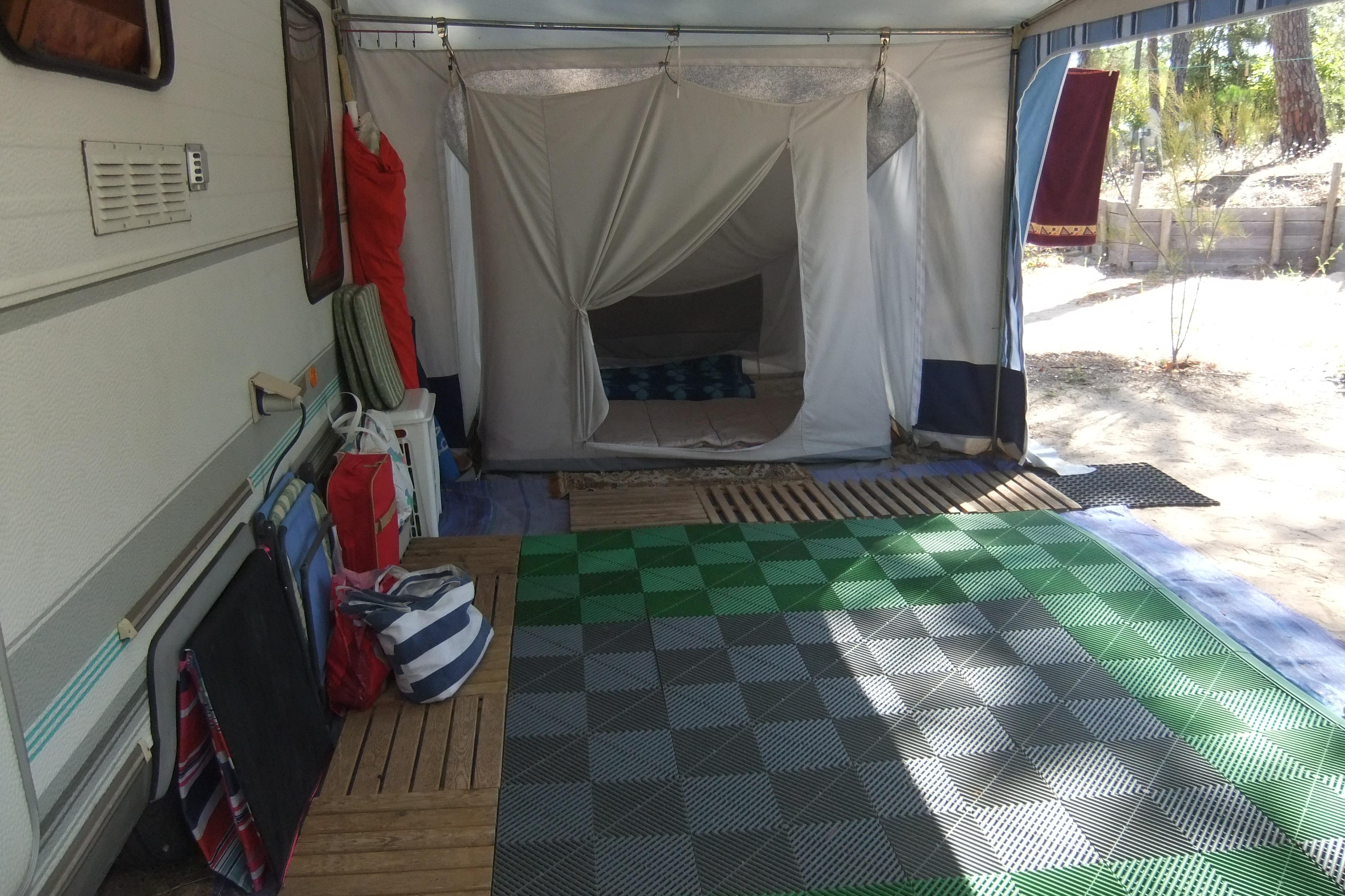 caravane occasion caravelair caravane occasion. Black Bedroom Furniture Sets. Home Design Ideas