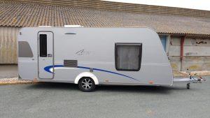 caravane occasion b rstner averso fifty 470 tr caravane. Black Bedroom Furniture Sets. Home Design Ideas