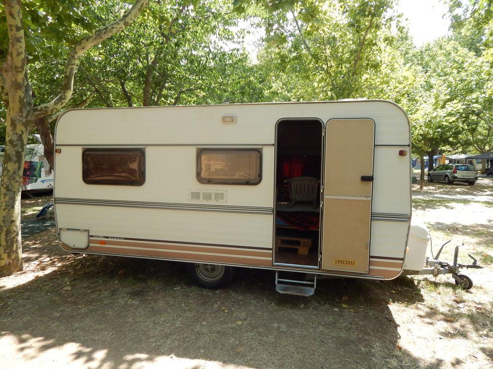 Caravane vintage Digue de 1982 occasion