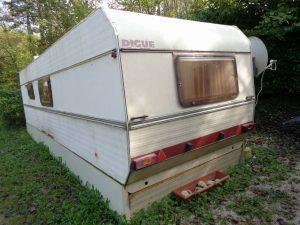 caravane 8m40 (1).JPG