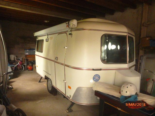 Caravane vintage ERIBA TRITON